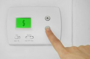 4 Ways to Stay Cool While Saving On Your Summer Power Bill